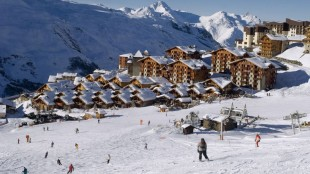 french-alps-skiing